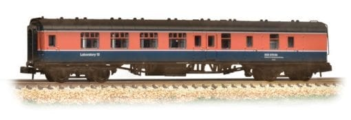Graham Farish 374-195 BR Mark 1 BSK in RTC (Railway Technical Centre) livery - weathered