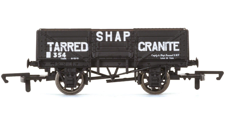 Hornby R6750 5 Plank Wagon 'Shap Tarred Granite'