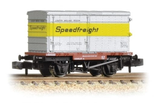 Graham Farish 377-345 Conflat with un-vented alloy BA container